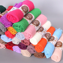 26 ชิ้น/ล็อตผู้หญิงCrinkleฟองฝ้ายยอดนิยมธรรมดาริ้วรอยผ้าพันคอผ้าคลุมไหล่มุสลิมHijab Headbandผ้าม่านยอดนิยมผ้าพันคอ