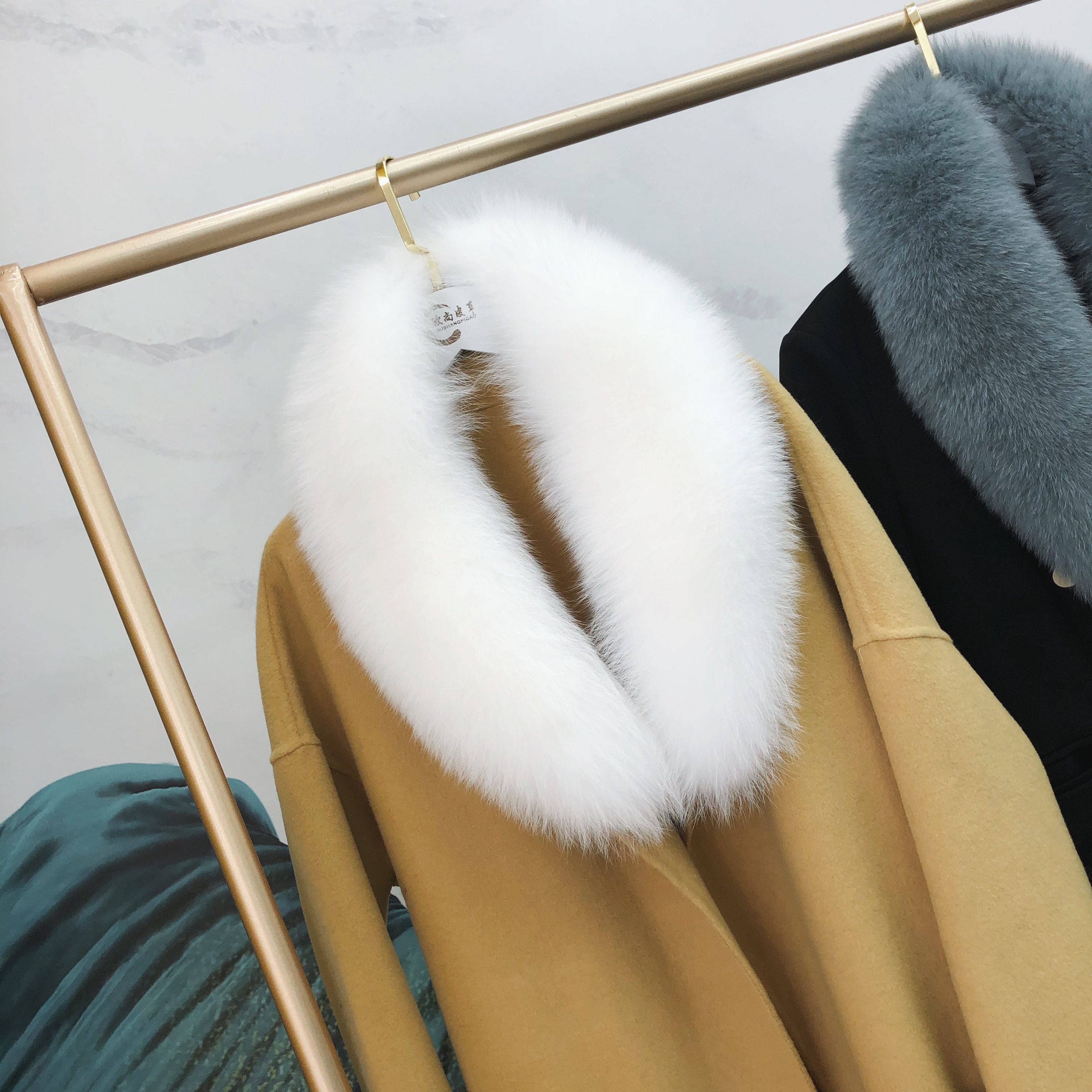 Ms.MinShu Genuine Fox Fur Collar Scarf For Women Winter Fox Fur Scarf 100% Natural Fox Skin Collar Neck Warmer Custom Made