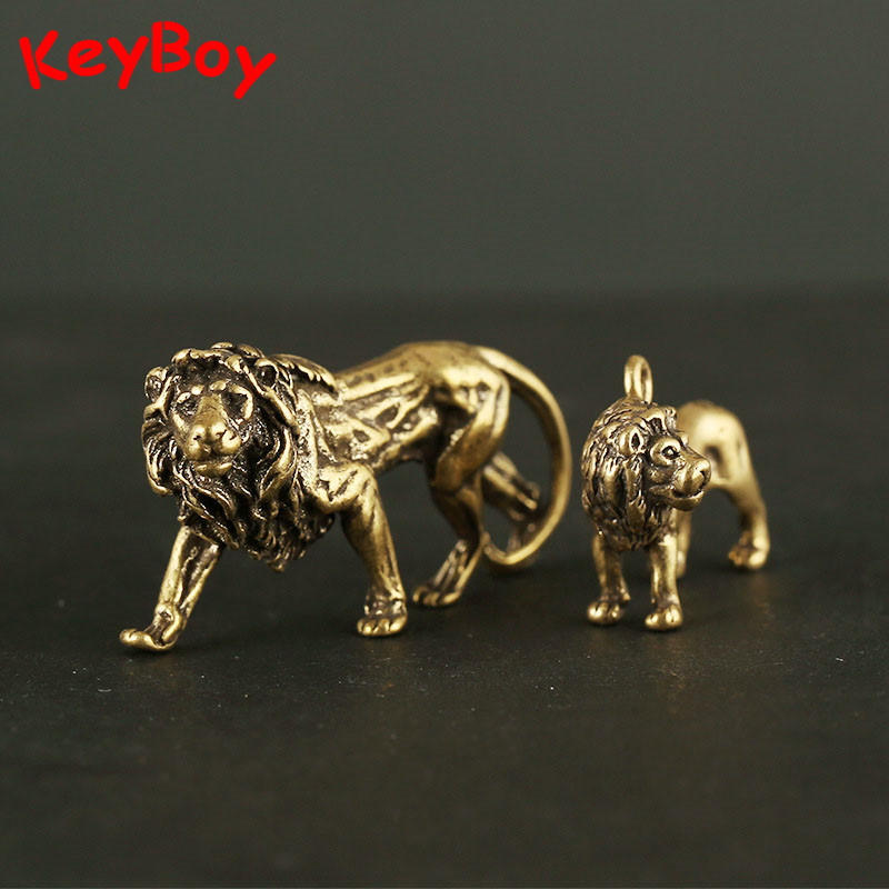 Vintage Brass Big Lion King Statue Ornaments Retro Copper Small Lion Keychain Pendants Car Key Chain Rings Decor Desk Decoration