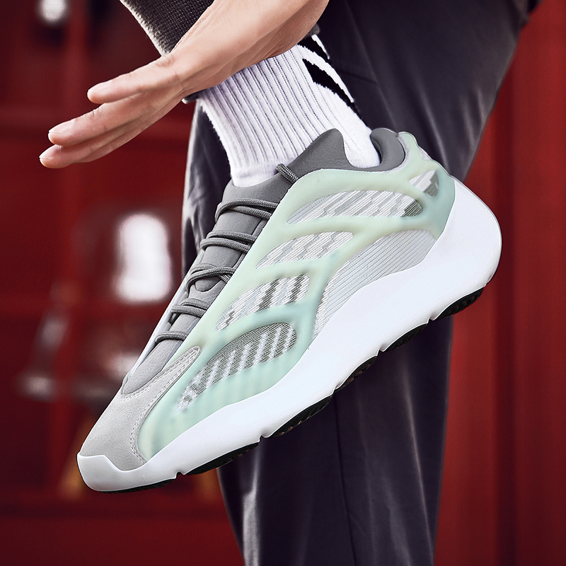 Luminous Shoes Hot Style New Mesh Shoes Men Casual Comfortable Breathable Sneakers Men Lac-up Lightweight Walking Man Shoes