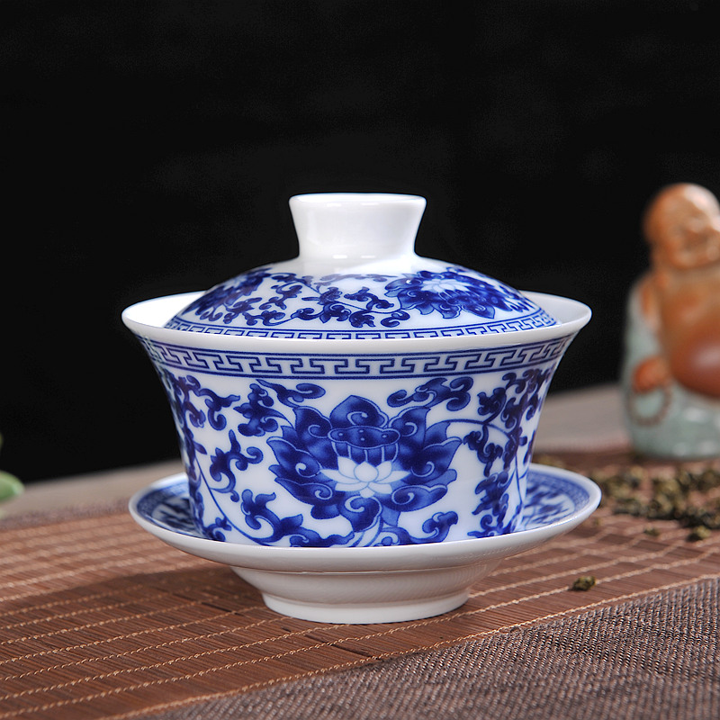 Jingdezhen Ceramics Blue And White Tea Bowl Sancai Large Gaiwan Tea Set Eight Treasure Tea Bowl Household Cover Bowl