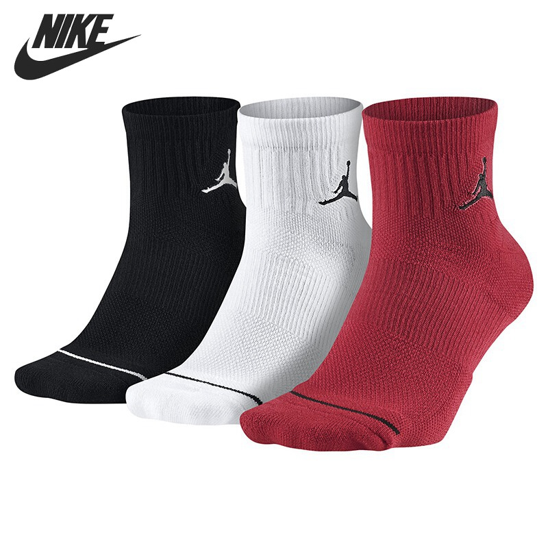 Original New Arrival  NIKE   QTR 3PPK Unisex Sports Socks( 3 Pairs )