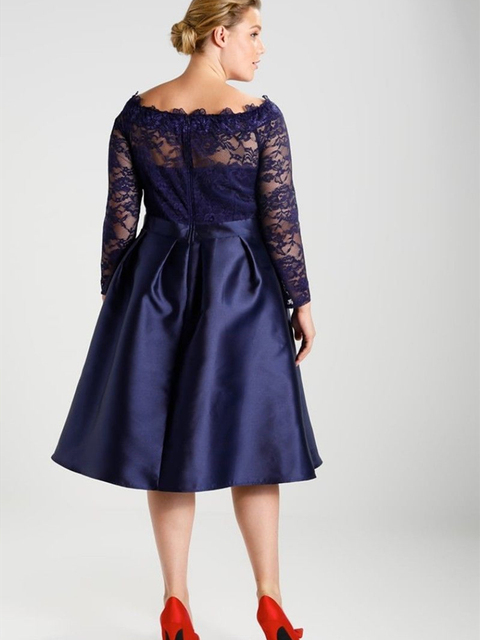 Navy Blue Plus Size Mother of the Bride Dress Long Sleeve Boat Neck Lace Satin Tea Length Evening Gown Short Party Customize 2