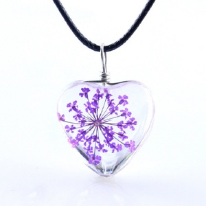 Image 5 - 1PC crystal glass dried flower pendant clover necklace fashion small fresh couple decoration birthday gift jewelry men and women