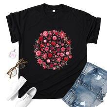 Красный с цветочным принтом футболка короткими рукавами и круглым