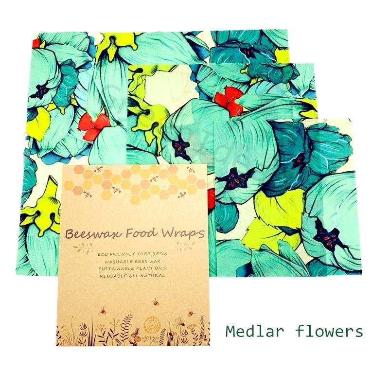 Medlar flowers