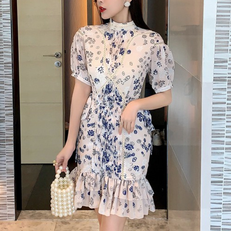 2021 Spring French Niche Blue And White Porcelain Lady Robes Temperament Goddess Waist And Thin Puff Sleeve Floral Dress Vestido