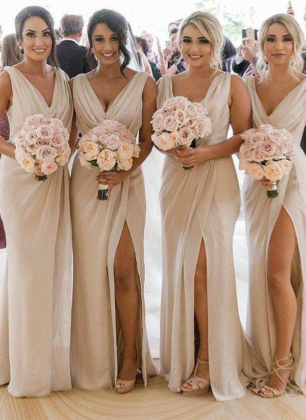 Women's Vintage Long Champagne Bridesmaid Dresses with Slit A-Line V-Neck Custom Made Lace Up Formal Wedding Party Dresses