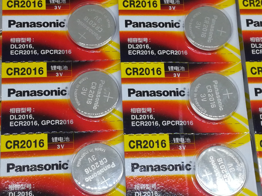 20pcs/lot Panasonic CR2016 3V Button Cell Coin Battery for Watch Toys Computer Calculator Control CR 2016 Batteries image