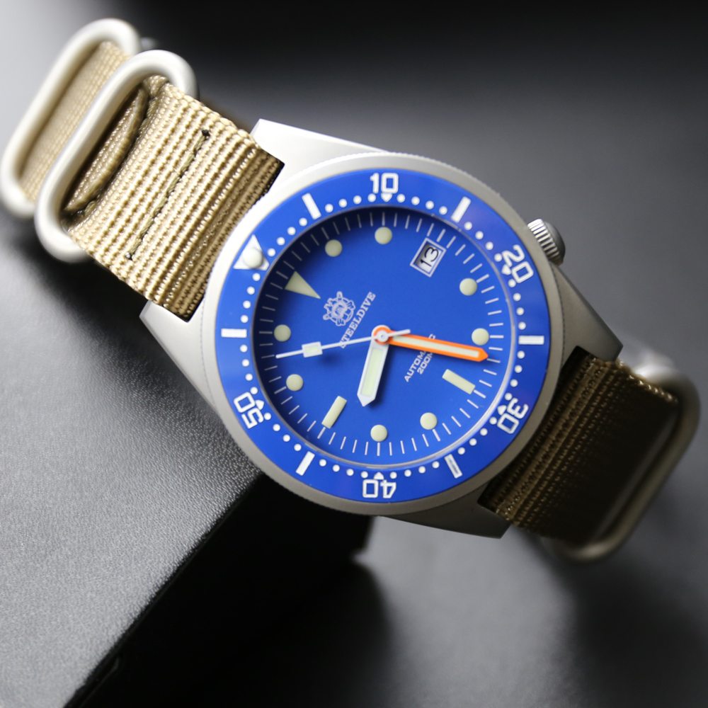 STEELDIVE 316L Stainless Steel Automatic Watches Men Synthetic Sapphire Crystal 200m Dive Watches Men mechanical Watch NH35A Top