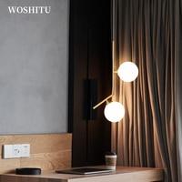Lampada a sospensione a LED moderna per soggiorno applique rotonda in oro semplice luce creativa per illuminazione da parete per interni da comodino