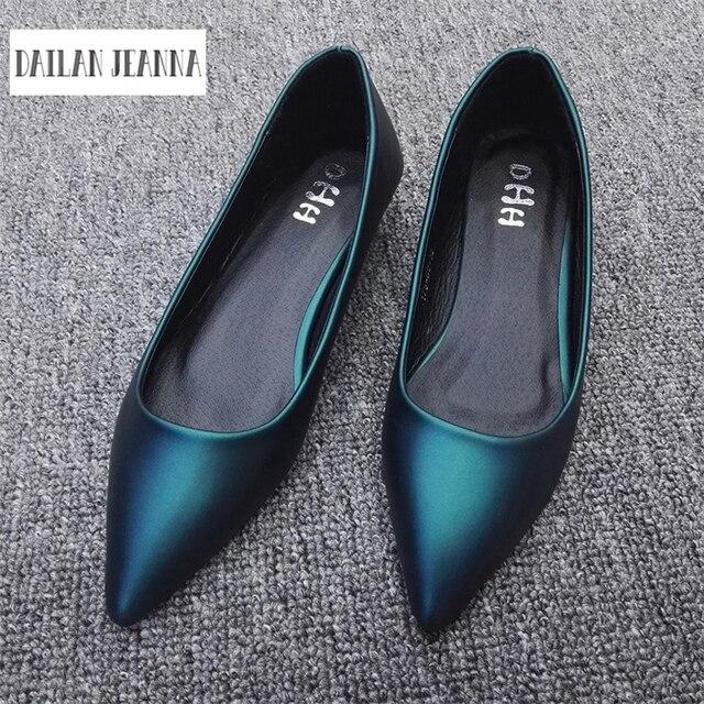 ใหม่ 2017 ฤดูใบไม้ผลิและฤดูใบไม้ร่วงผู้หญิง Loafers Loafers ผู้หญิงรองเท้าส้นแบนรองเท้าสบายๆยุโรปขนาด 31 44