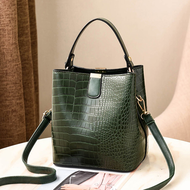 Ha42fbd7b93044de3b18f5c66c59a7b59E - Women's Handbag | Retro Alligator