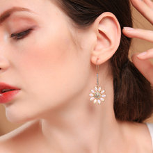2019 Crystal Flowers Earrings For Women Gifts Gold Color Fashion Jewelry Ear Hook