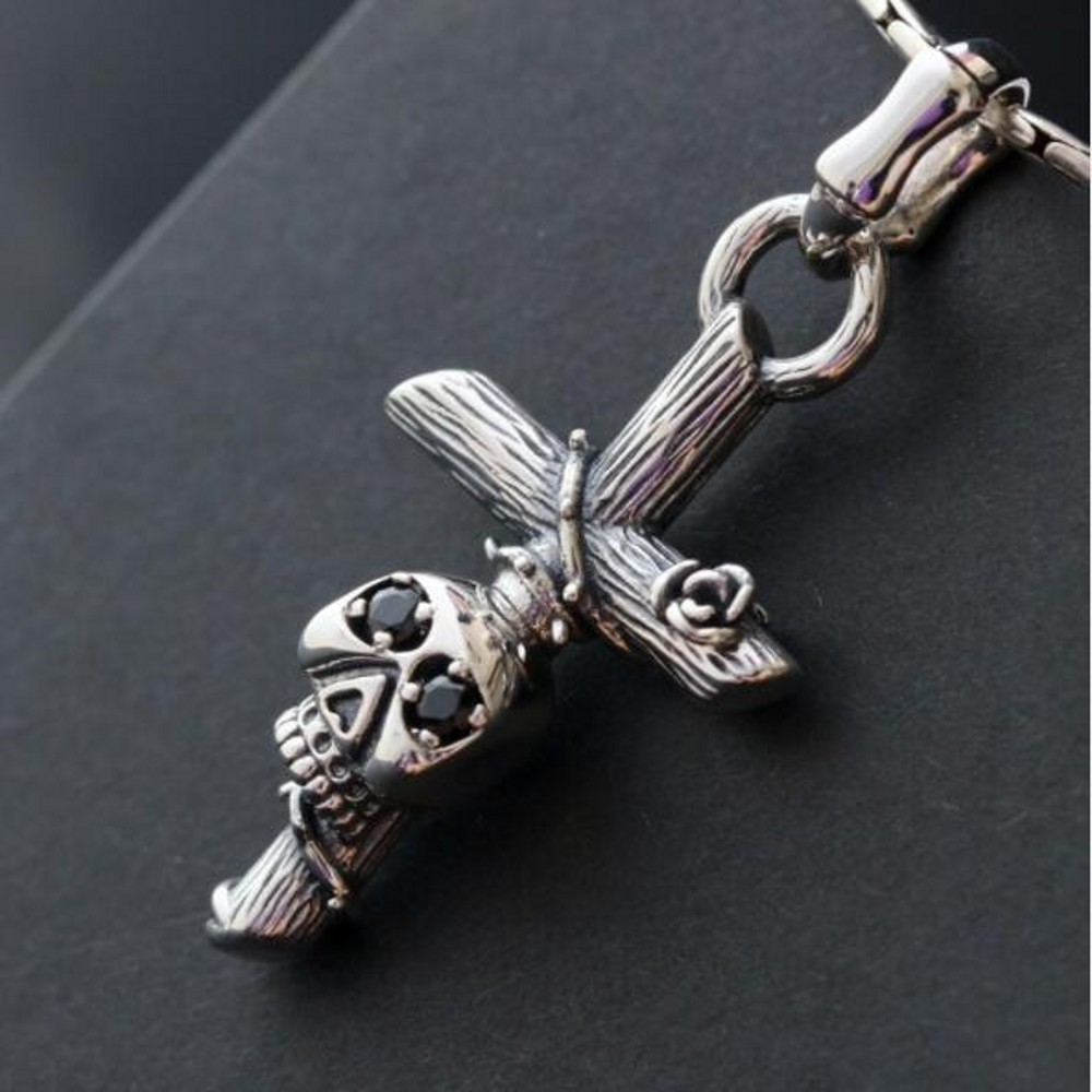 Rétro S925 argent Sterling croix collier incrusté de zirconium noir crâne Thai argent pendentif pour hommes 2019 nouveau style
