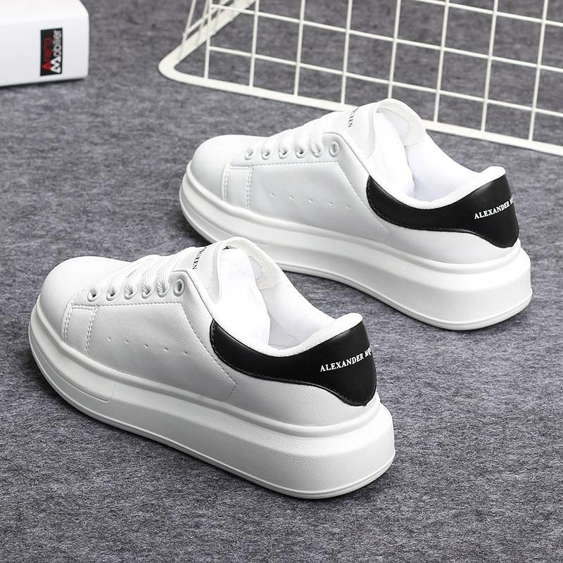 Womens Fashion PU Leather Sneaker Soft Shoes White Mens New Low Top Platform Shoes Casual Leisure Zapatos De Hombre Streetwear