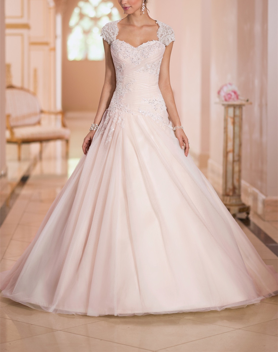 2019 New Vestido De Noiva Beautiful Wedding Dresses Sweetheart Cap Sleeves Sleeveless Lace Up Back With Court Train Ball Gowns