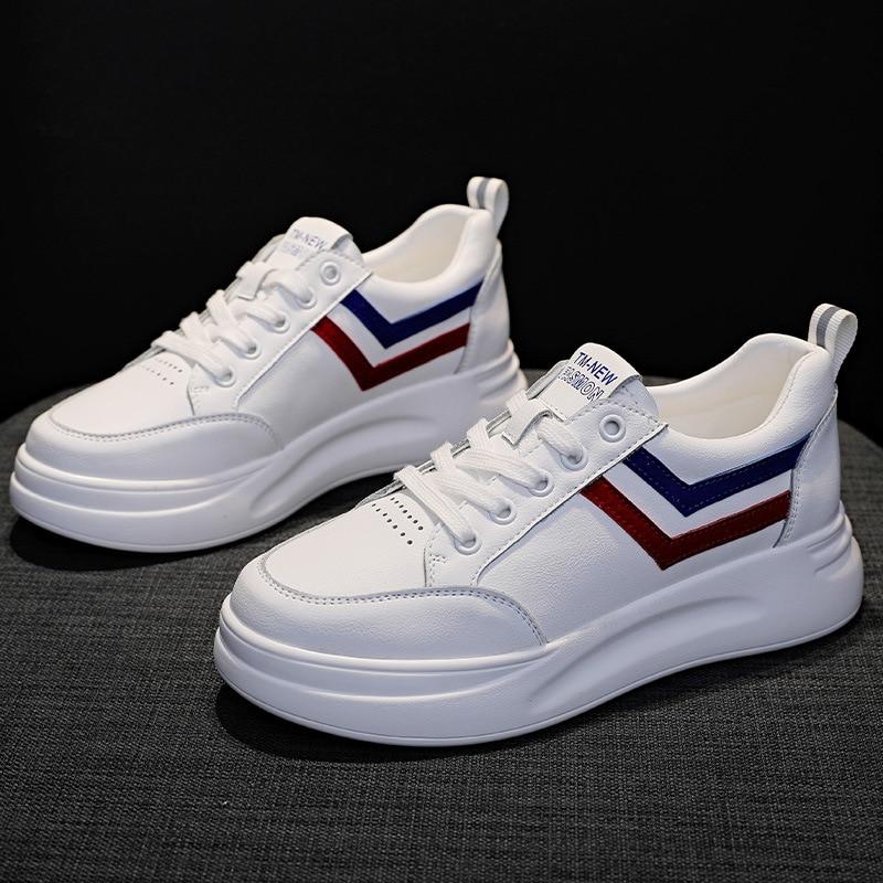 Real Leather flat shoes women platform sneakers Non-slip board shoes woman waterproof womens shoes 2020 New white Sneakers women
