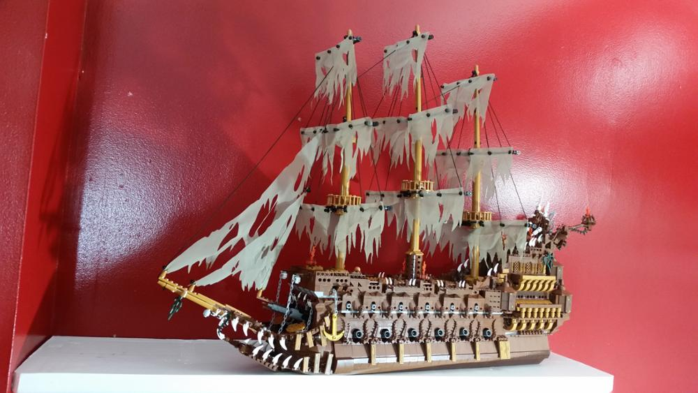 16016 Pirates of the Caribbean Movies Series MOC The Flying Netherlands Building Blocks Bricks Kids Toys Christmas gift 83015 12