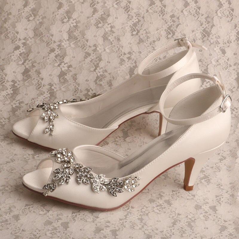 vestido de outono sapatos de casamento com