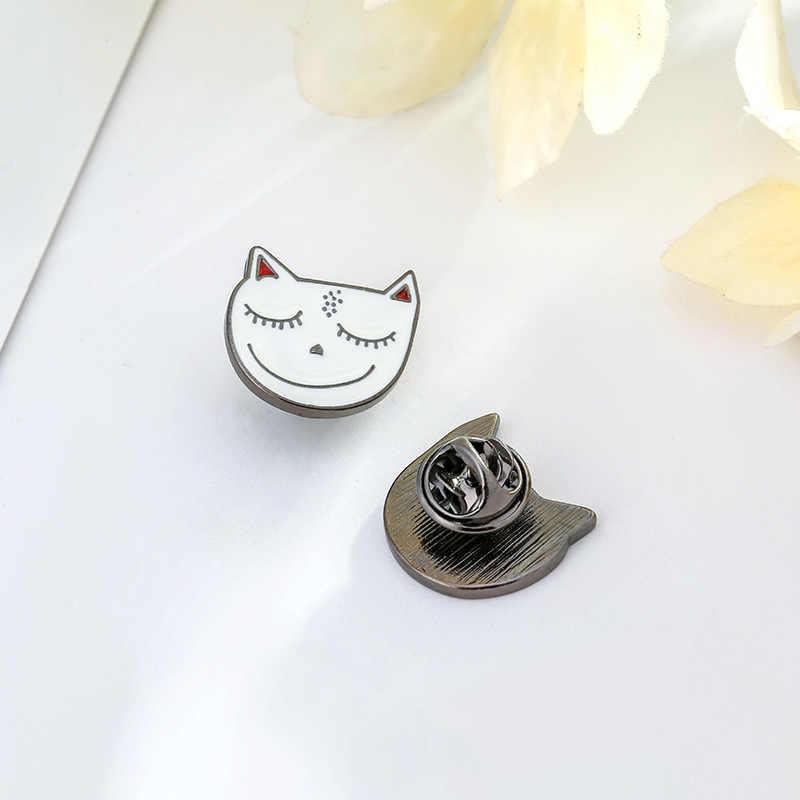 Songda Kartun Kucing Putih Enamel Lucu Anak Kucing 8 Gaya Kelas Tinggi Hewan Badge Logam Bros Trendi Ransel Topi Aksesoris