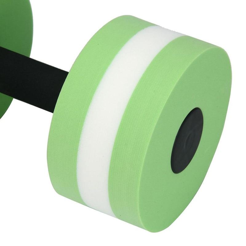 das barras de mão do exercício aeróbico