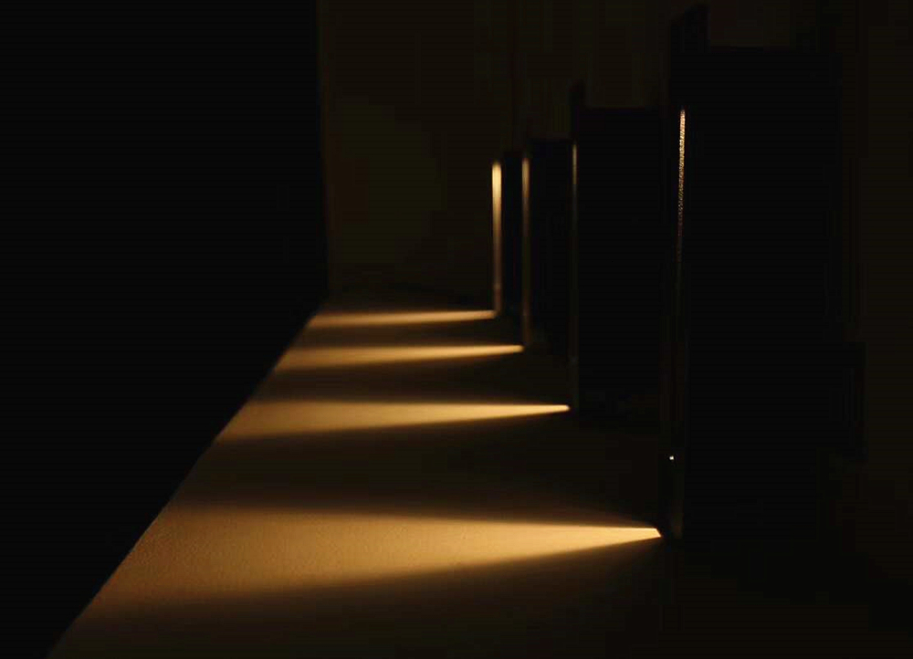 stair wall lamp 2