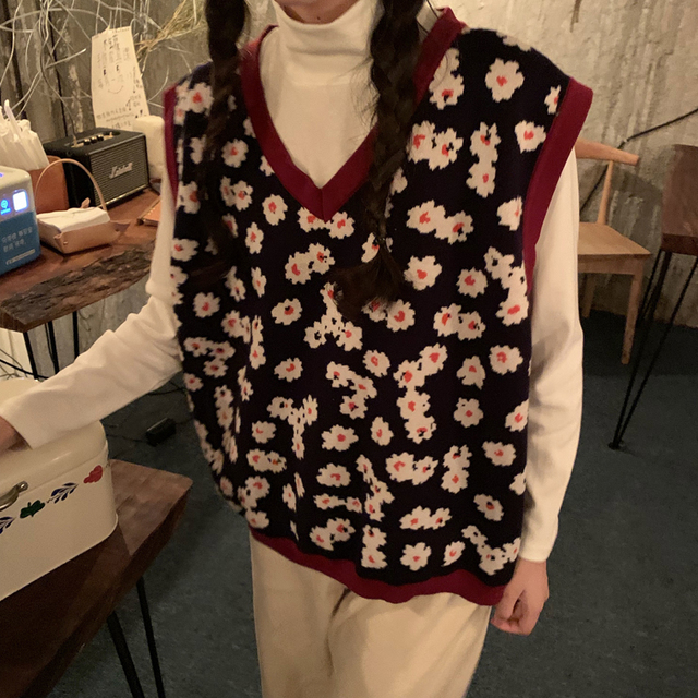 2019 autumn and winter korean style v neck knitted floral sleeveless vest sweaters womens pullovers womens (C8574)