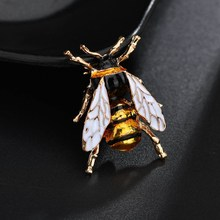 2019 New Insect Bumble Bee Brooch for Women Kids Girls Bee jewelry Gold Enamel Brooches bumble bee Jewelry Gift все цены