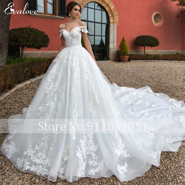 EVALOVE Gorgeous Appliques Royal Train A-Line Wedding Dress Sweetheart Neck Lace Up Beading Sparkly Tulle Princess Bridal Gown 3