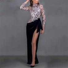 Женское вечернее платье с блестками черное высоким разрезом
