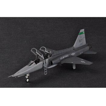 цена на Trumpeter 1:48 1/48 Scale US T-38C Talon II Trainer Plane Airplane Aircraft Toy Plastic Assembly Model Kit