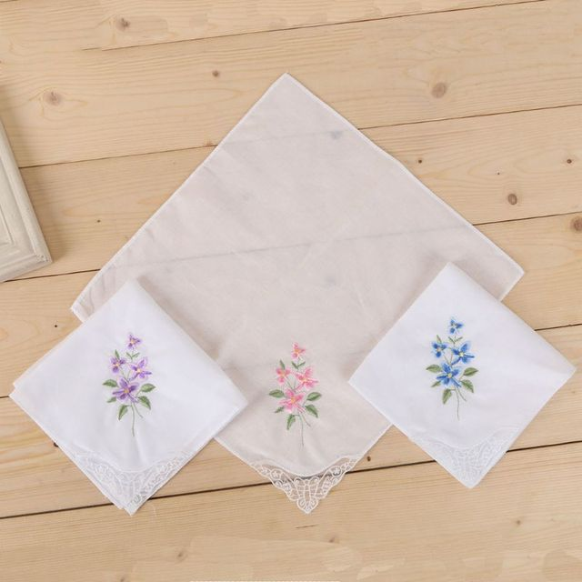 3Pcs/Set Women's Basic White Square Handkerchief With Floral Embroidery