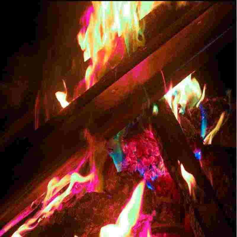 10g/15g/25g/30g Magia del Fuoco Colorato Fiamme Polvere Falò Bustine Pirotecnica All'aperto escursione di campeggio Di Sopravvivenza Strumenti di Strumenti di Terze Parti