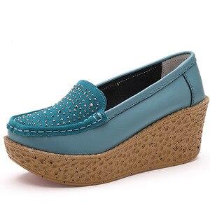 Image 3 - Beyarne outono sapatos femininos de couro de camurça leve sapatos casuais mocassins sola grossa aumento cunha sapatos de balanço zapatos
