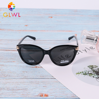 Women Sunglasses 2020 Trending Products Polarized Feamle Eyewear Womens Glasses Vintage Ladies Cat Eye Girls Shades For Driving