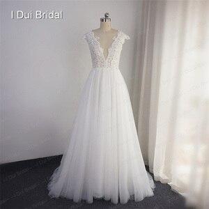 Image 3 - تغرق الرقبة الدانتيل فستان الزفاف خط الوهم الخلفي الاستقبال فستان زفاف 2020