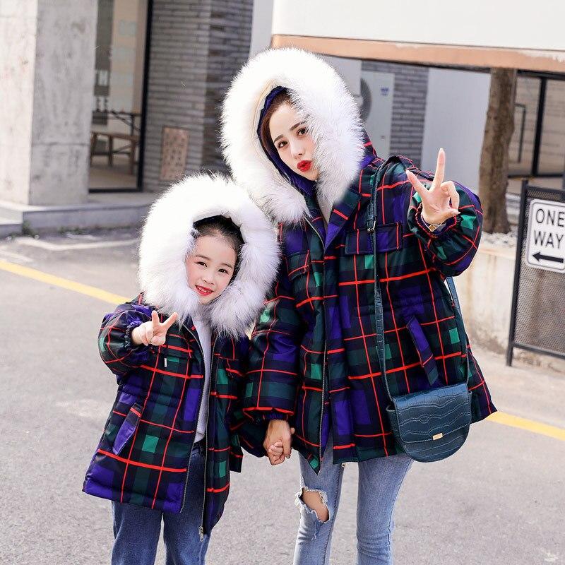 WLG/зимние Семейные комплекты; пуховые пальто «Мама и я»; теплые плотные клетчатые пуховые пальто с капюшоном и длинными рукавами
