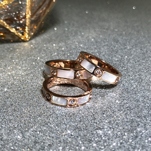 YUN RUO Fashion Natutal Shell Six Zirconia Ring Rose Gold Color Woman Gift Party Titanium Steel Jewelry Top Quality Never Fade