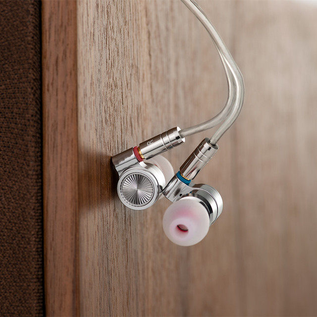 Tinhifi T4 In Ear Earphone 10mm CNT Dynamic Driver HIFI Bass Earphone Metal 3.5mm Earphone Earbud With MMCX  Cable TIN P1 T3 T2 6