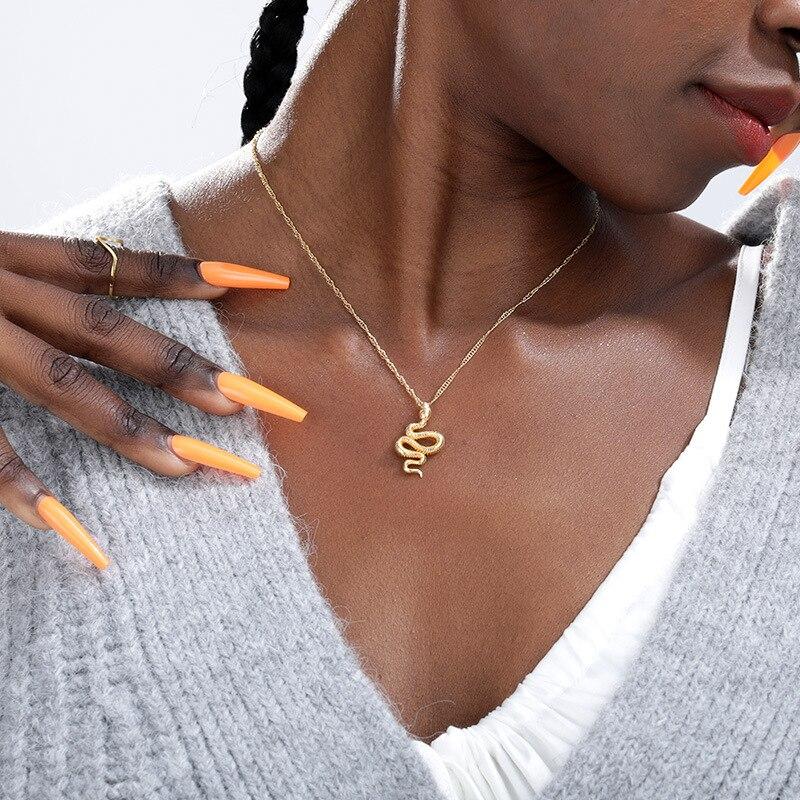 Moda aço inoxidável corrente de ouro cobra pingente colar para meninas collier bijoux femme charme jóias presente aniversário 2020