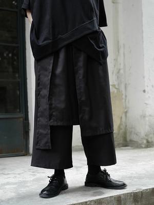 Original design, niche, asymmetrical, irregular, Japanese Yamamoto, wide leg, dark wind, Black Capri Pants