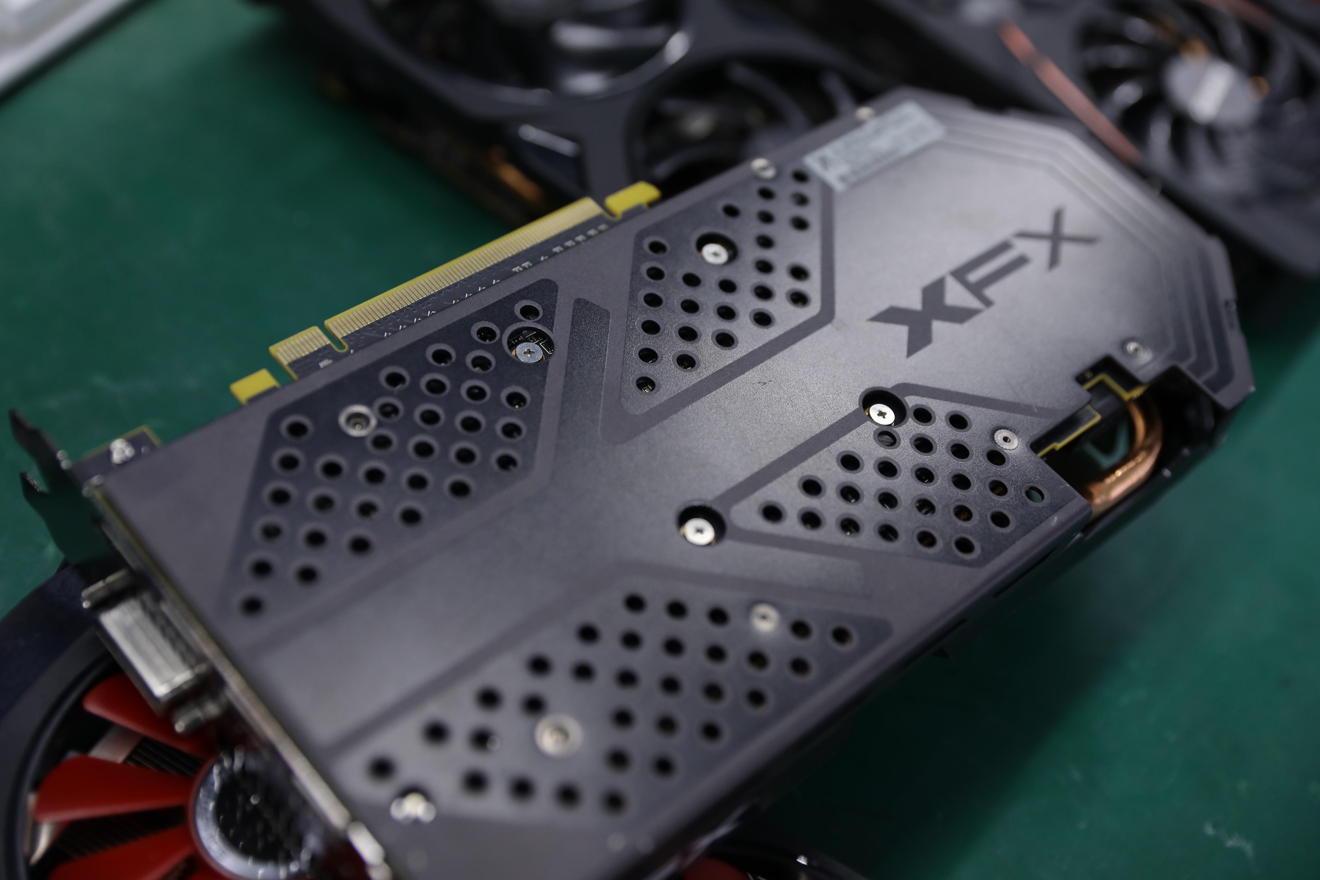 Бывшая в употреблении видеокарта XFX RX 580 8 Гб 2304 580 бит GDDR5 для настольного ПК игровая видеокарта не Майнинг 8G-3