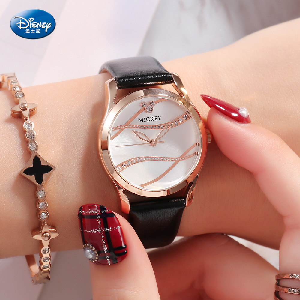 Disney Mickey Mouse Women Quartz Watch 3Bar Waterproof Simple Fashion Cute Round Leather Strap Women Watches Gift Alloy Buckle