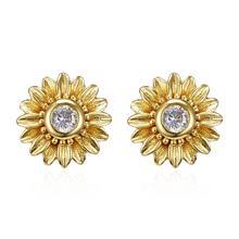 New design fashion jewelry sweet gold color small daisy flowers earrings female simple elegant sunflower stud earring for women цена 2017