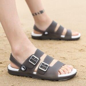 Image 5 - Letnie męskie kapcie sandały obuwie oddychające sandały plażowe męskie odkryte wygodne modne pantofle guma sportowa buty