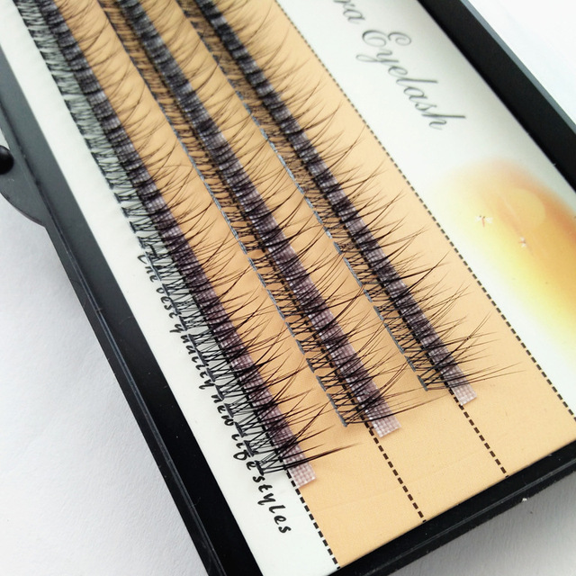 The latest Korean pop fishtail type Fashion dovetail fly eyelash Two long middle short plant grafting false eyelashes wholesale 1