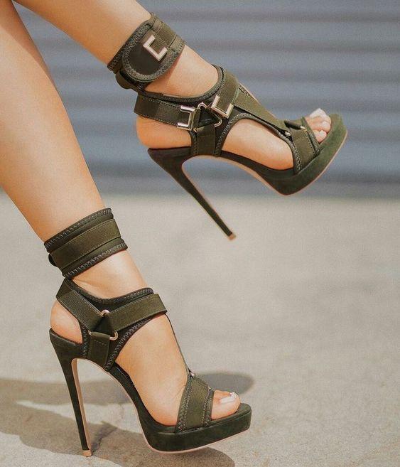 Sandales à plate forme à la mode bout ouvert découpé chaussures à talons hauts crochet et boucle bride à la cheville Sexy chaussures à talons aiguilles boucle décor sandales - 2