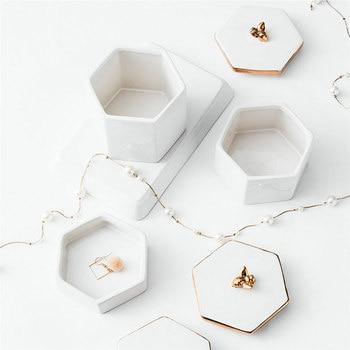 Nordic Home Decorations Handmade Electroplate Animal Trinket Box White Ceramic Jewelry Box Wedding Gift Candy Jar Storage