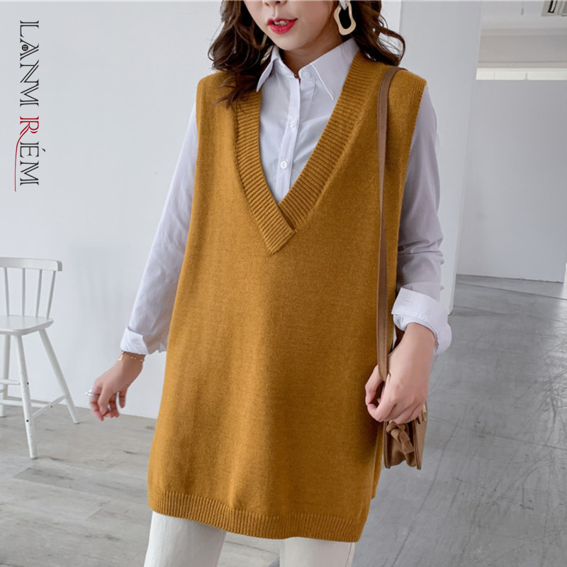 LANMREM 2021 Spring New V-neck Solid Color Seelveless Knit Sweater Streetwear Fashion Loose Wild Outgoing Vest Female PC435